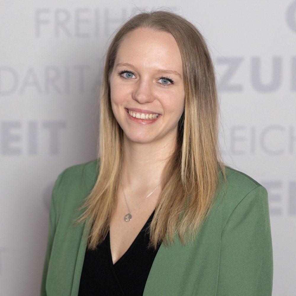 Julia Schiefer